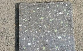 Dalle béton poli phosphorescente jour
